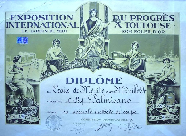 """""""Exposition international"""" Paris - Diplome de Croix de Mérite 1922"""